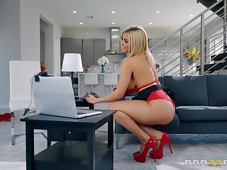 Calumnious housewife Amber Alena fucks her husband's brother