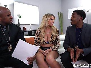 Nude Latina MILF fucks with two gloomy cops