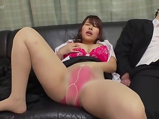 Asian mom has sex expectations with two different dudes
