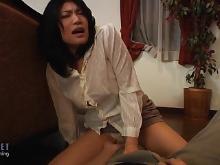 Japanese Husband and Wife get fucked in her room fbjavnet - Milf
