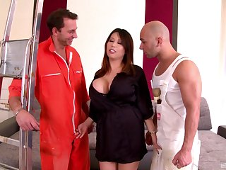 Tigerr Benson lives extensively a fantasy by means of double penetration fucking
