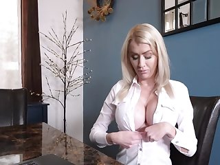 MILF is too silly to avoid stepson's blackmailing and has sex