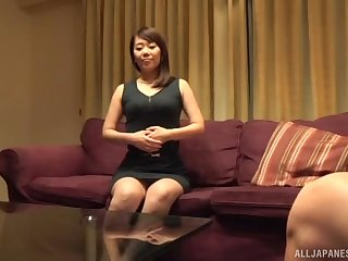 Gender with a cute Japanese amateur ends with a creampie