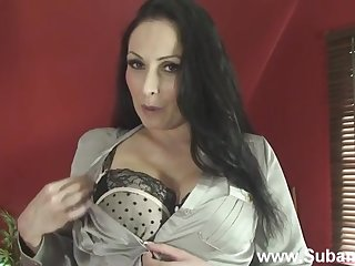 MILF Sophia removes her bra and right arm for In men's drawers to have a go some solo fun