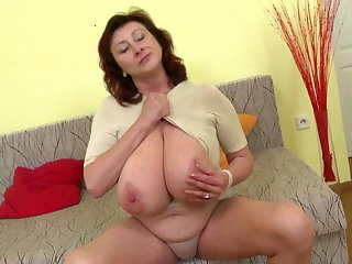 Incomparable mature mother with tall tits increased by perfect mature