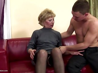 Gorgeous mother gets anal sex and pissing from son