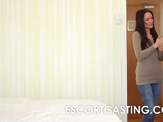Close by nearly Cam Casting of Milf Escort In Hotel In all directions Client