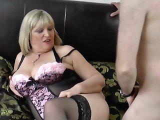 So horny Alisha Rydes loves sucking respecting big full-grown cocks