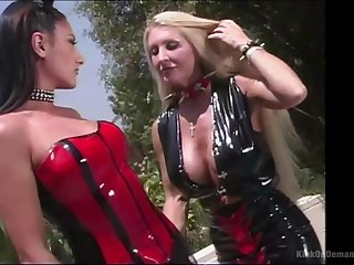 Outside inverted experience is one of the fantasies of sexy brunette