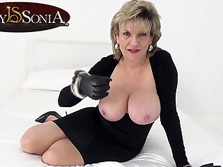 Lady Sonia wants you to wank while mirror-like at her tits