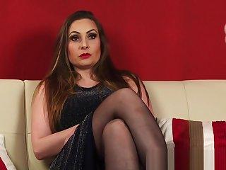 British kinky milf in stockings and heels