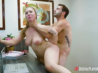 Hot office porn for the new sponger with his female boss