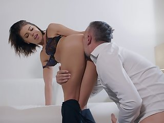 SExual pleasures with a married woman itchy be advisable for load of shit