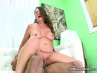 Margo Coupled with A difficulty Bad Chap - Margo Sullivan and Asante Stone - 50PlusMILFs