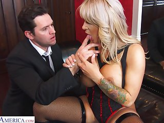 Busty blonde MILF moorland tights Alyssa Lynn feels right riding cock