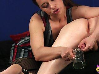 Girlfriend Olga Cabaeva knows no matter what to milk her boyfriend's dick